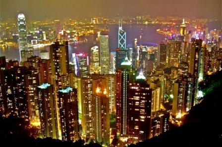 Développement international : l'équilibre précaire entre réseau mondial et culture locale