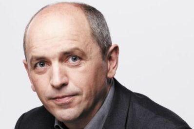 Transformer la politique : le pari osé de l'ex-consultant Pierre Larrouturou