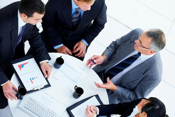 Les grades des cabinets de conseil en stratégie, de Consultant Junior a Partner