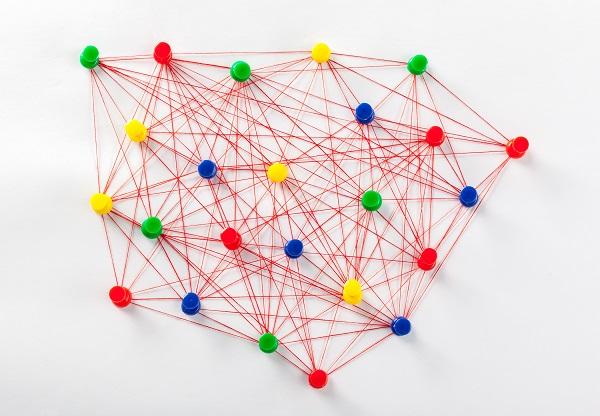 LinkedIn, Twitter et Facebook : baromètre des comptes français