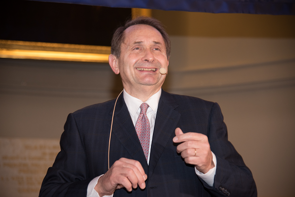 Serge Grudzinski, consultant comique