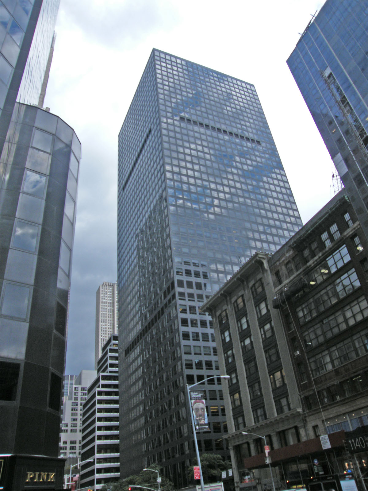 Marsh  McLennan Headquarters at 1166 Avenue of the Americas