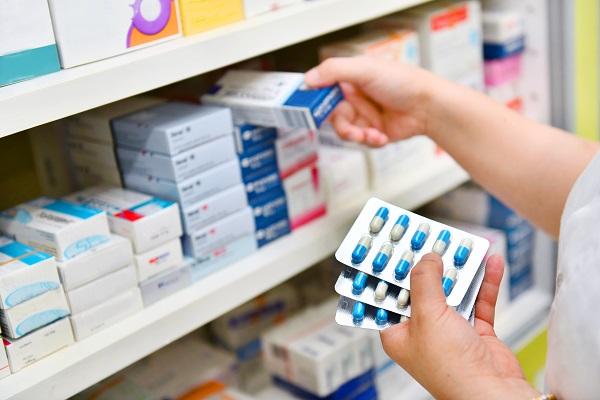 + 3 % au premier semestre : la pharma sort haut la main de la crise et prépare l'avenir