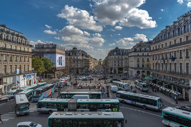 Place-de-Opra-Paris-Tous-droits-reserves-Flickr