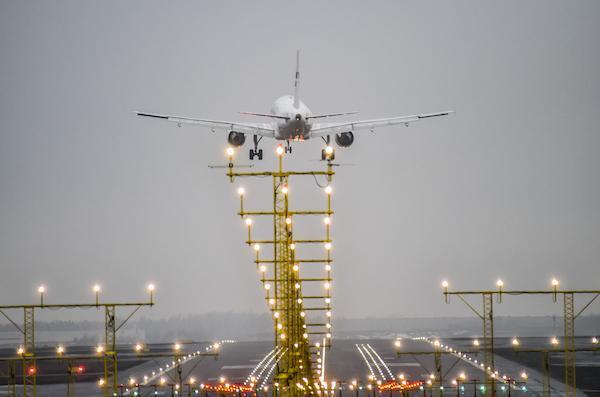Aéronautique: ce que les consultants disent du rififi chez Ryanair, du match Airbus-Boeing et de la bataille des équipementiers