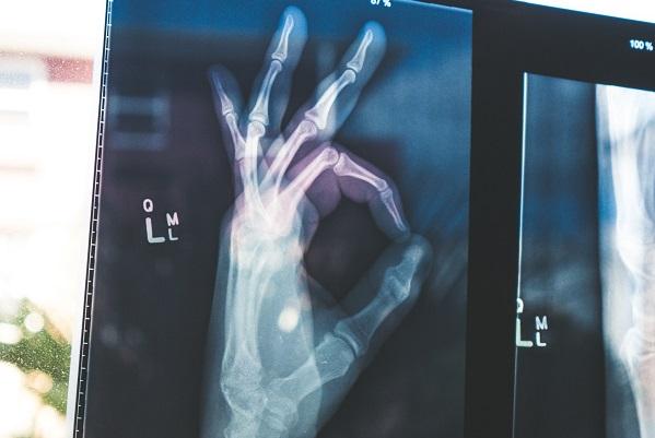 Assureurs, cliniques, labos : les consultants surfent sur la vague des objets de santé connectés
