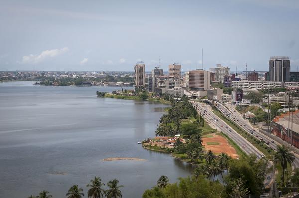 Afrique : les raisons d'une certaine Abidjan-mania dans le conseil